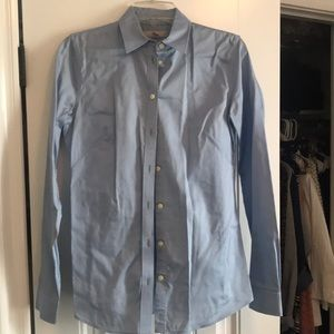 BR button up